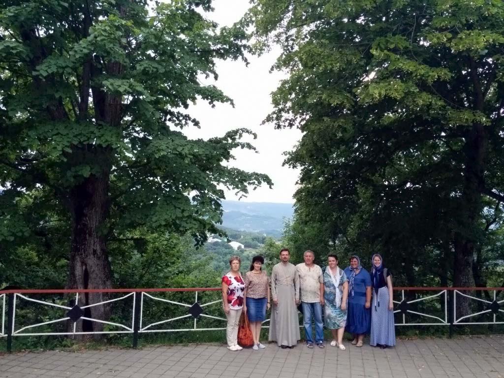 14 июля 2017 года прихожане Свято-Троицкого храма ст. Казанской совершили паломническую поездку в Свято-Михайло-Афонский монастырь