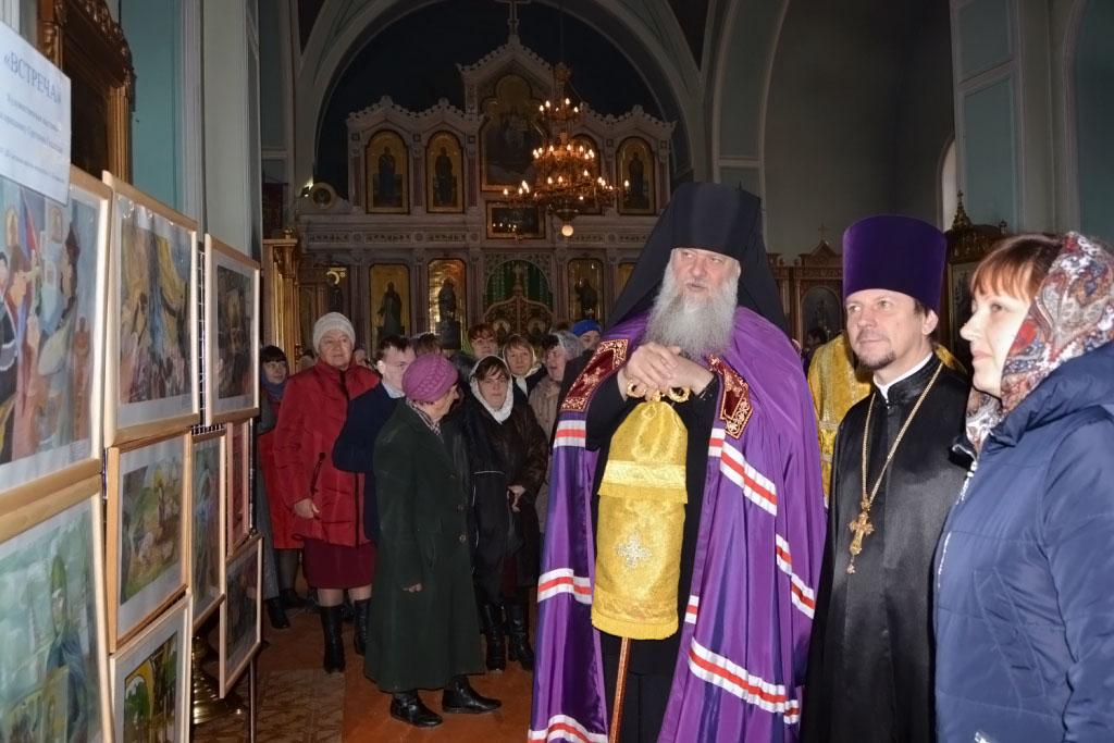 В Свято-Троицком храме станицы Казанской открыта художественная выставка, посвященная празднику Сретения Господа Иисуса Христа