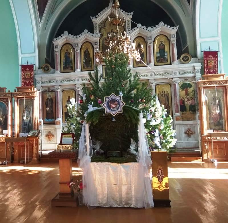 В Свято-Троицкого храме станицы Казанской прошла благотворительная Рождественская акция