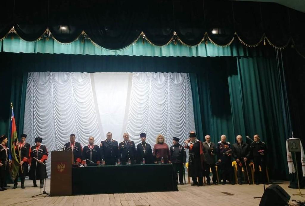 В станице Казанской прошло отчетное собрание атамана станичного казачьего общества
