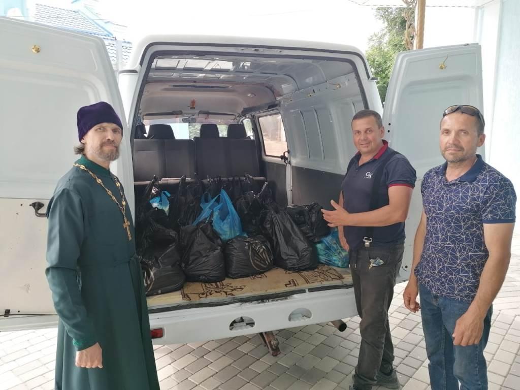 Приходы Тихорецкой епархии получили благотворительную помощь